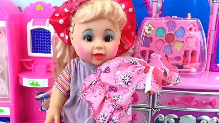 亮亮玩具芭比娃娃编辫子和梳妆盒玩具试玩,婴幼儿宝宝玩具过家家游戏视频F321