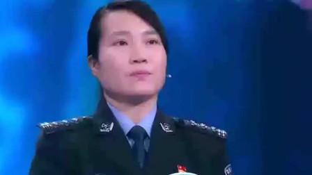 中国诗词大会:董卿的知性美,深深的吸引了我