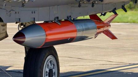 巴基斯坦空军亮新武器,枭龙将装备核炸弹,可摧毁任何印度基地
