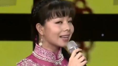 王二妮太妖了,一幅独一无二的嗓子,越听越爱