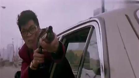霹雳先锋:劫匪,不料警司突然来搅局,还好反应够快