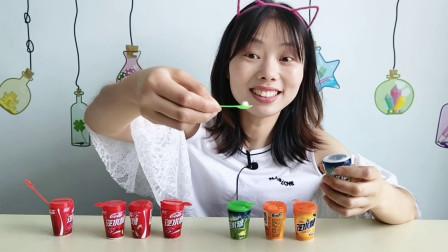 """美食拆箱:妹子吃""""汽水糖"""",易拉罐里藏糖粒,酸甜美味吃得嗨"""