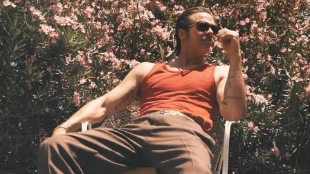 【猴姆独家】帅!爆!表!#布拉德·皮特#为《GQ》杂志拍摄写真幕后曝光