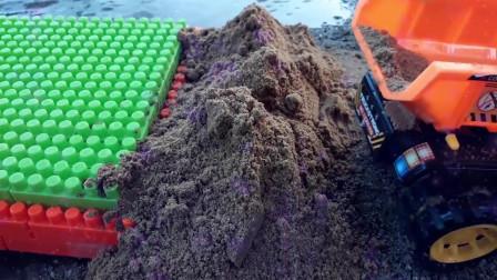 38工程车大卡车运输沙子,路过桥梁遇到了麻烦挖掘机工程车挖土工作视频