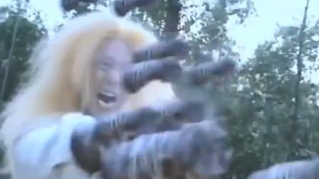 少林和尚拥有金刚不坏神功,谢逊一拳打出无数拳头,直接把他打死