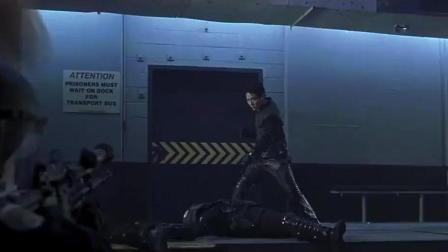 李连杰唯一一部科幻片, 跑得比汽车还快, 动作超帅!