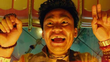 王宝强最好的电影之一, 一颗大金牙配上其独特的表情, 十分亮眼