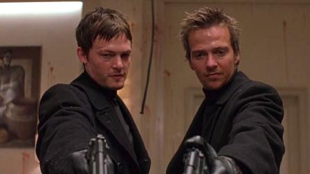 双胞胎兄弟无意间了成员,从此铲除 替天行道,《处刑人》