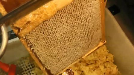 为什么超市买到的蜂蜜,底部都会有白糖沉淀物,难道是假货?
