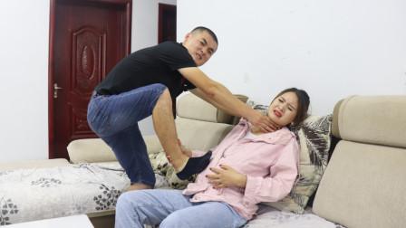 丈夫重男轻女,妻子因为怀女孩遭暴打,当妻子昏迷不醒他慌了