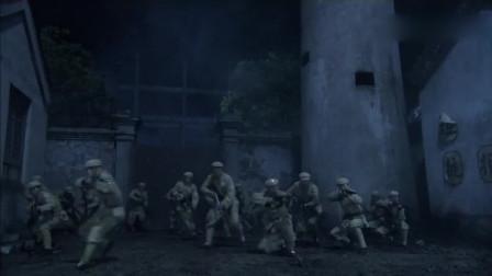 解放军战士开枪传递信息,集体出击,高级枪法扫死特务