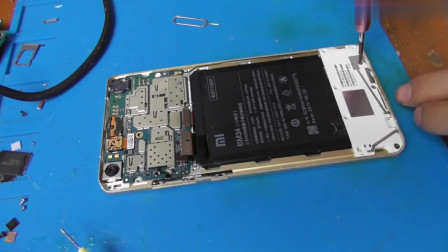 小米Note手机顶配版更换屏幕总成拆机视频教程