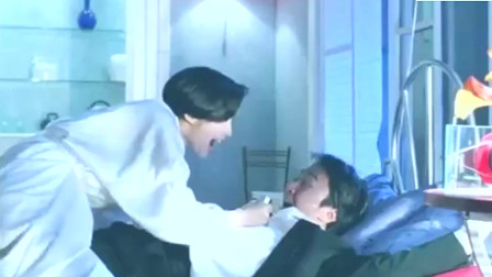 阿敏把周星星绑在床上~阿敏却突然受伤倒地~原来凶手是程文静~