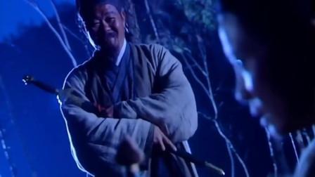 令狐冲的剑法让前辈输的心服口服,独孤九剑真是让人望尘莫及!