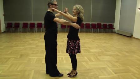 想和王子翩翩起舞吗优雅的华尔兹教学感受足尖上的魅力