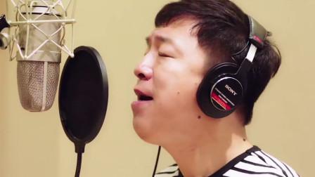黄渤不愧是最会唱歌的影帝,一首《爱与愁》,征服好声音导师!