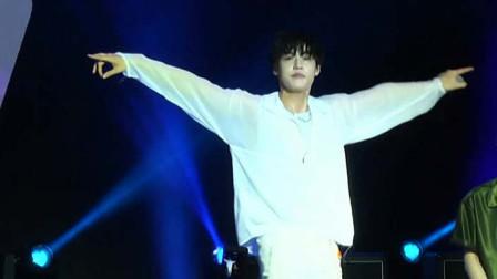 韩国乐队 N.FLYING世界巡唱台湾站,以中文问好,与歌迷欢度佳节!