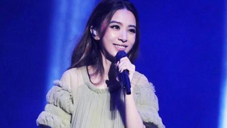 田馥甄不愧是林俊杰最喜欢的女孩,就凭这首歌红遍了大江南北!