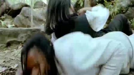 怒火威龙:甄子丹、胡慧中大战一黑一白两大高手,最终击杀匪徒