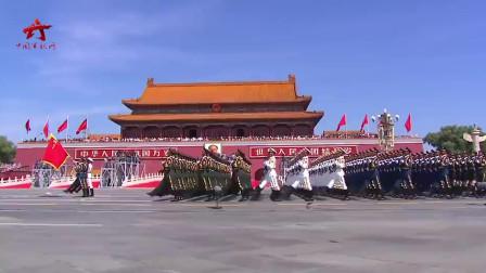 来了!盘点新中国大阅兵 震撼画面过目难忘