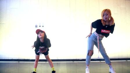 郑州舞蹈培训机构排名 皇后舞蹈少儿爵士舞班 儿童街舞培训学校