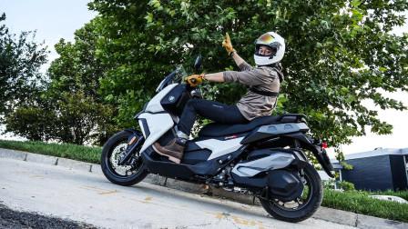 踢车帮 第一季 宝马C400X:国产的宝马摩托车来了!