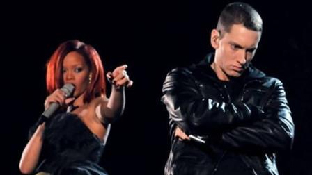 格莱美神级现场!蕾哈娜阿姆合唱致敬Dr. Dre,这场注定载入史册