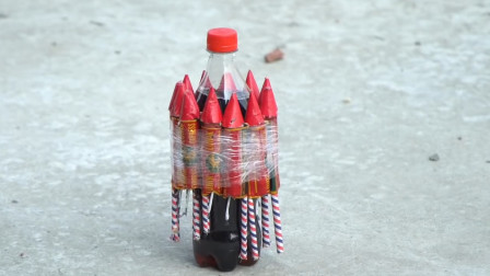老外将窜天猴绑可乐上,点燃后以为能把可乐带上天,网友:还不快跑