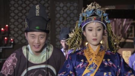 古装剧:皇帝和太后交锋,谁料小太监也敢插话,皇帝怒了:拖下去