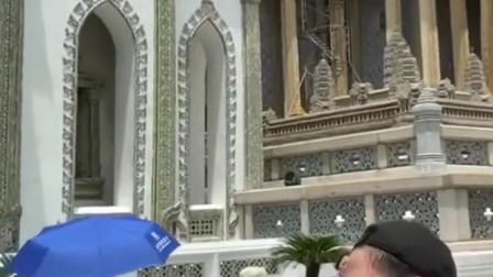 泰国旅游遇到的网红导游,这口才真绝了,一个被导游耽误的段子手