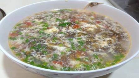 这才是紫菜蛋花汤的正确做法,掌握这个技巧,汤浓而嫩滑爽口
