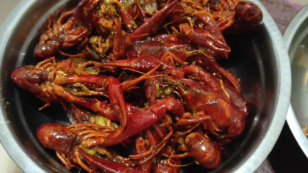 做麻辣小龙虾,大xun第一次做,龙虾大作战,吃着真过瘾