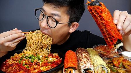 """韩国吃播:""""五花肉拉面+紫菜包饭卷"""",搭配泡菜,吃得真过瘾啊"""