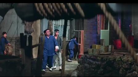 独臂拳王:布场的兄弟遭殃了,全被打的落花流水,连站起来都难!