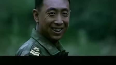 士兵突击:通过考核的士兵们,一个个面带微笑,三多的笑最迷人!