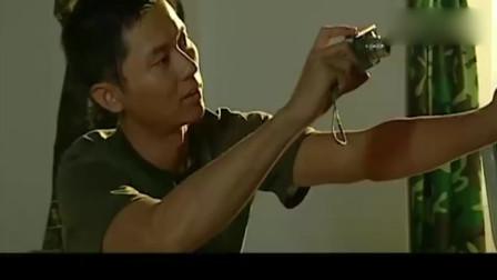 士兵突击:吴哲想逗三多开心,结果把人家说哭了!