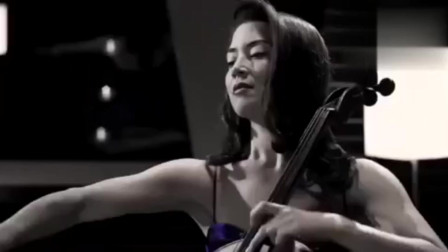 优美醉人的大提琴演奏,整个MV充满高贵典雅,每一帧画面都唯美!