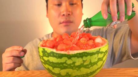 """大胃王吃播:韩国大胃王胖哥,试吃自制西瓜布丁,大口大口吃的真过瘾"""""""