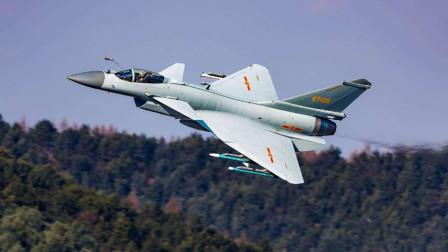 有了五代机歼20,未来我国空中还需要歼10吗?答案很简单!