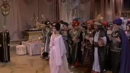 埃及艳后:本以为凯撒够色了,没想到安东尼更狠,盯着艳后不放!