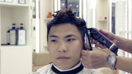 自然带点卷露额头 懒人烫发发型 不想打理就剪这款短发