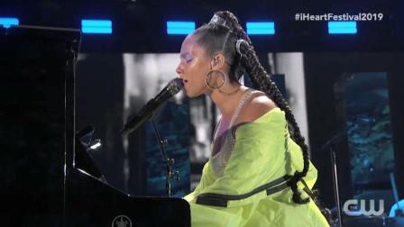 【猴姆独家】震撼至极!枪姐#Alicia Keys#最新iHeartRadio音乐节超清全场大首播!