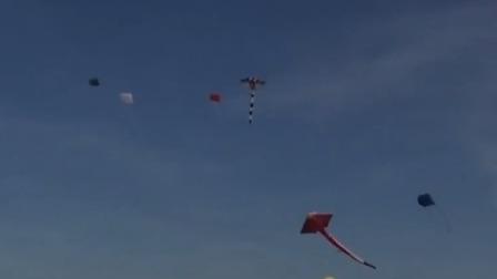 德国风筝节上看18米长大风筝 首都晚间报道 20190922 高清
