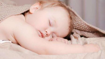 """宝宝经常""""黑白颠倒""""?学会3个哄睡""""小妙招"""",让宝宝乖乖睡觉"""