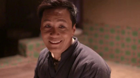 老农民:大年三十,丈夫端回一碗肉蛋饺子,媳妇抓起一个就往嘴里塞说真香