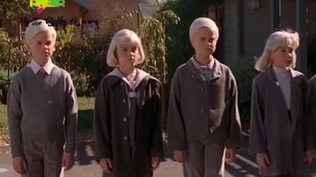精品电影说:今天给大家分享的电影叫《魔童村》,看看这部电影有什么值得观看的吧!