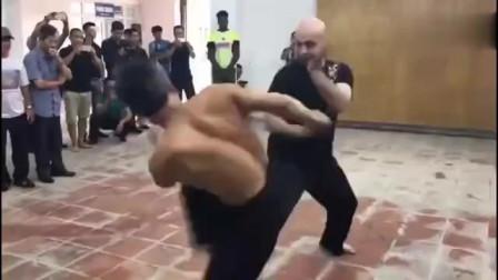咏春拳究竟能不能实战? 看完这视频只能一声叹息