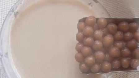 教你在家自制珍珠奶茶,做法简单易学,学会不用再去奶茶店买了。