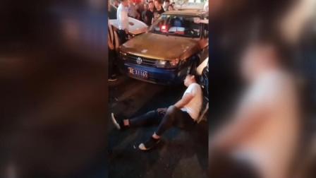 私家车和出租车发生纠纷 交警一查私家车傻眼了