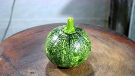 小南瓜怎么做才好吃?大厨教你详细做法和诀窍,一大盘不够吃